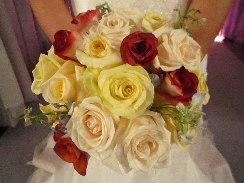 I chose a bouquet of roses in varying colors for Sara.