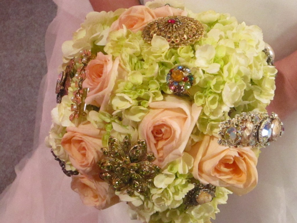 What you missed on the show! In Sami's bouquet, I added family brooches and heirloom jewelry to add sparkle and bring in the tradition of Samantha's family.