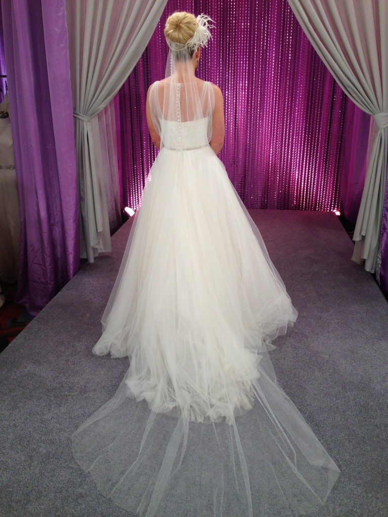 I chose a simple, sheer, long veil from Malis Henderson for Kelsey.